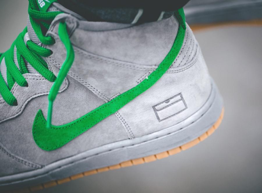Nike Dunk High Pro SB PRM Suede QS 'Gray Box'