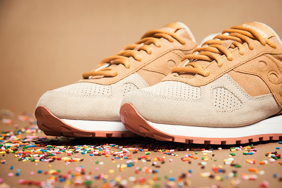 chaussure-saucony-shadow-originals-daim-beige-2