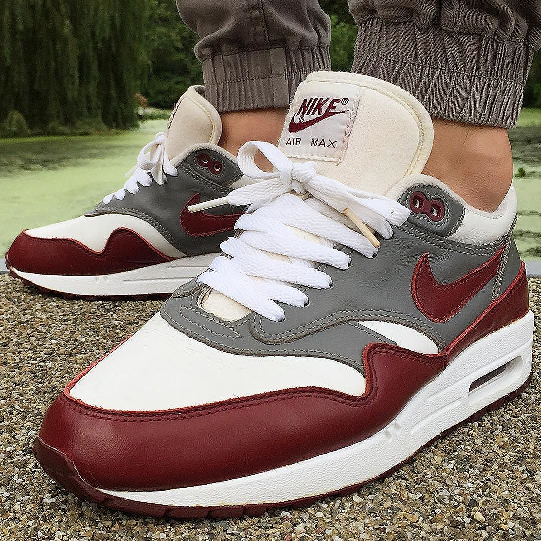 Nike Air Max 1 Burgundy Leather (1998) @robinjo_28