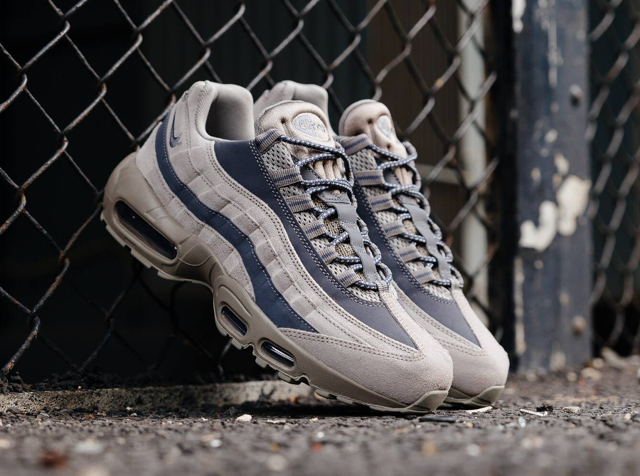Nike Air Max 95 Essential 'Light Taupe Grey'
