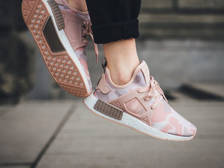 chaussure-adidas-nmd-xr1-w-imprime-camouflage-rose-1