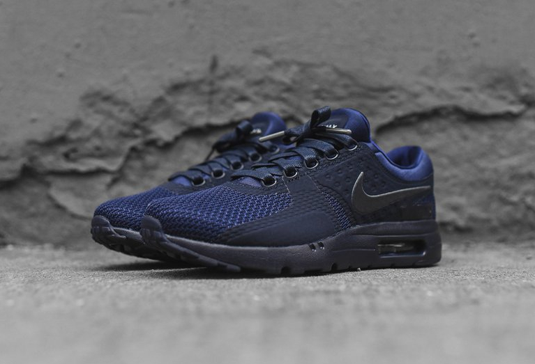 chaussure-nike-air-max-zero-qs-tonal-binary-blue-2