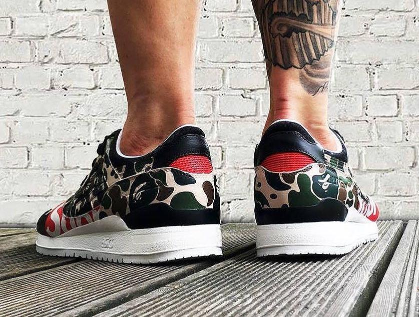 asics-gel-lyte-3-bape-x-supreme-sneakers_and_bonsai-2