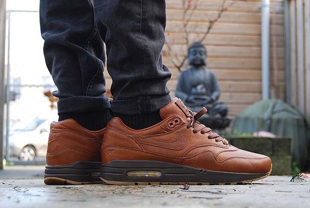 Nike Air Max 1 ID Premium 'Will Leather Goods' en 10 images