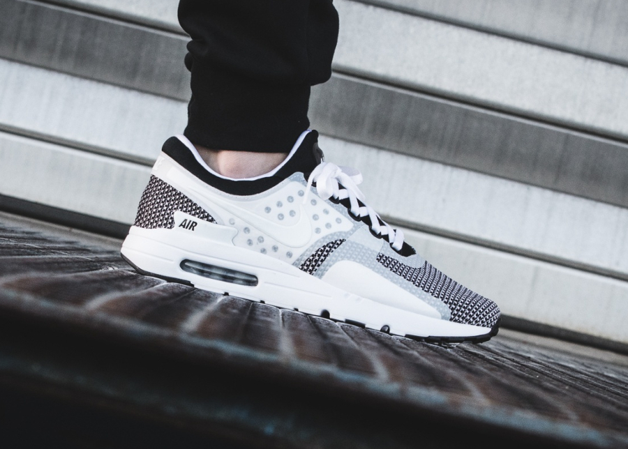 prix-basket-nike-air-max-zero-essential-oreo-black-white-2