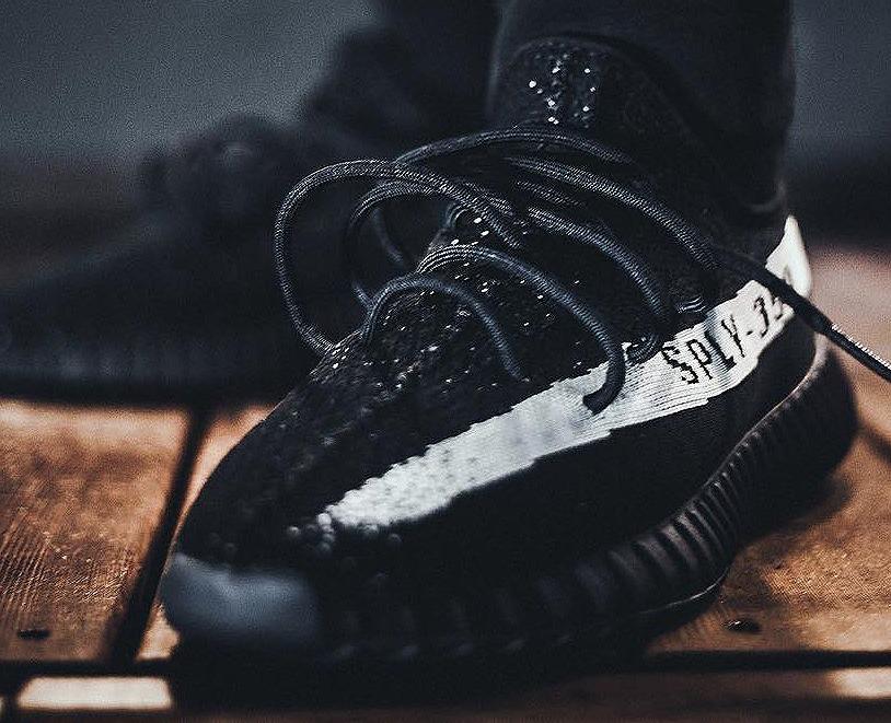 Adidas Yeezy Boost SPLY 350 V2 Low 'Black White'
