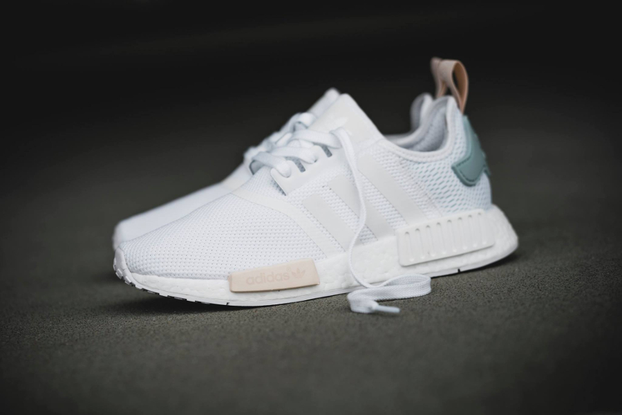 Adidas NMD R1 W 'White Tactile Green' (exclusivité femme)