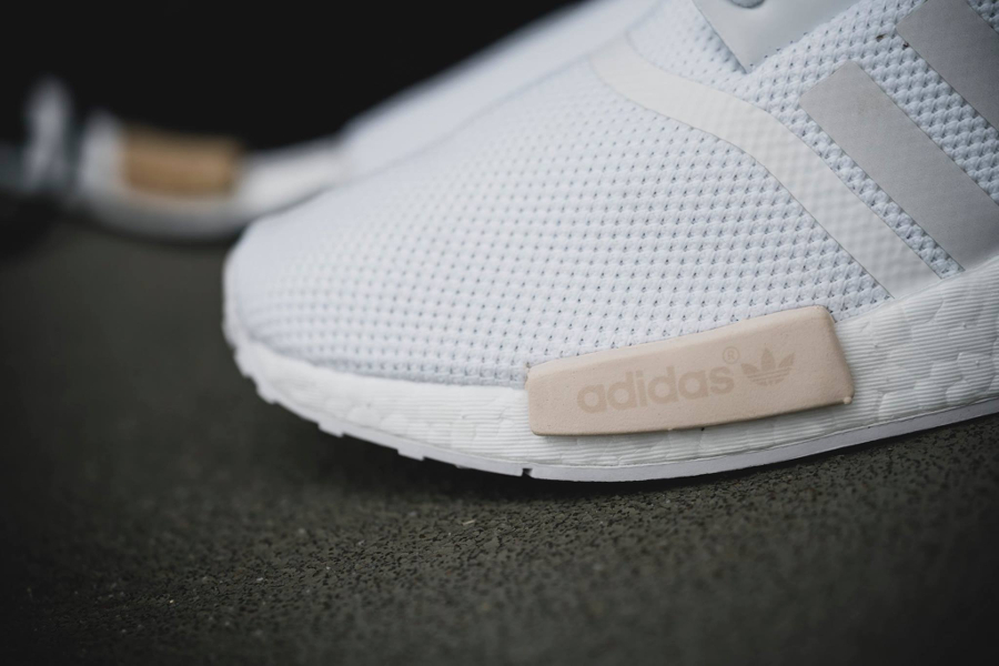 images-basket-adidas-nmd-r1-w-white-tactile-green-exclusivite-femme-2