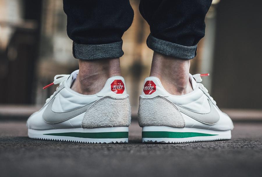 Nike Cortez Nylon Premium 'Pale Grey' (logo panneau stop)