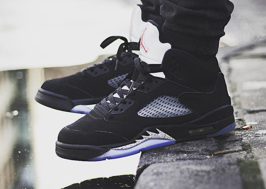air-jordan-5-retro-black-metallic-silver-portugueseshots