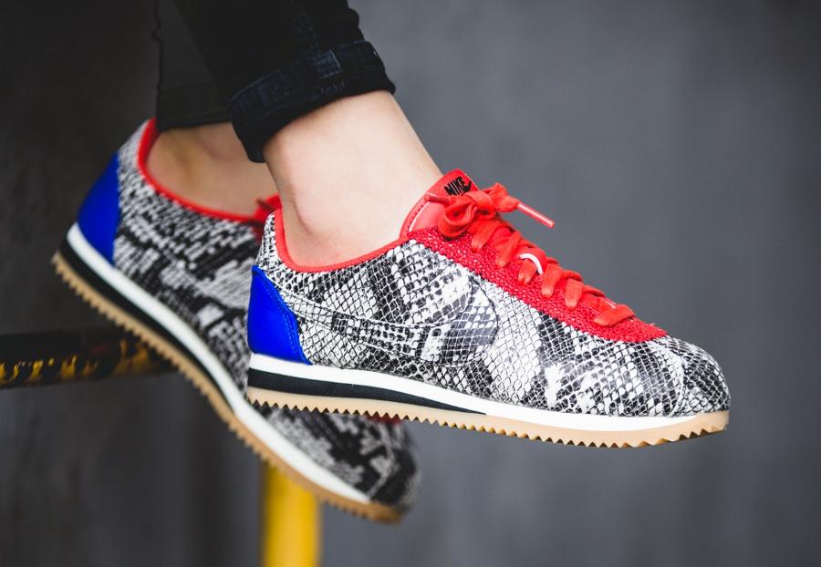 online retailer 30a00 4cbf7 ... Chaussure Nike Cortez Leather Premium Python ecailles de serpent
