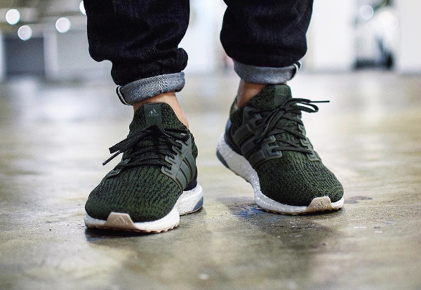 Basket Adidas Ultra Boost 3.0 Night Cargo (2)