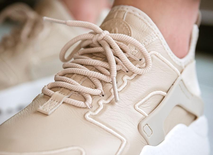 Chaussure Nike Air Huarache Ultra SI Oatmeal Ivory (beige) femme (2)