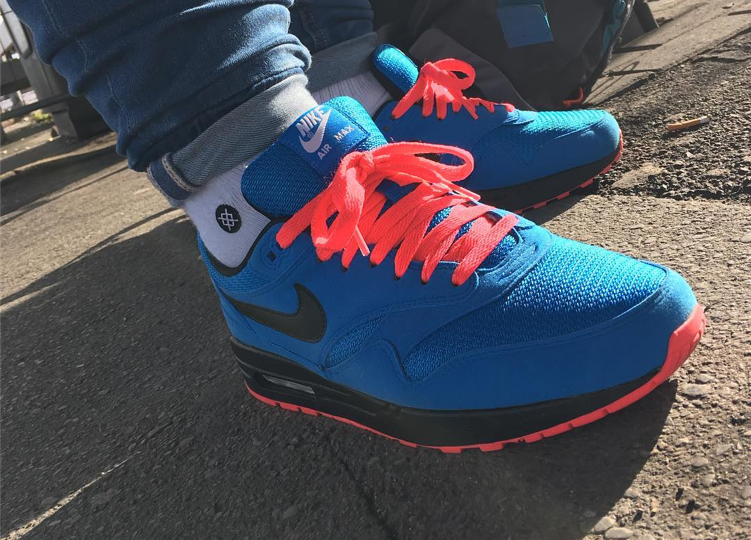 Chaussure Nike Air Max 1 ID Essential 2017 Photo Blue Solar Red (1)