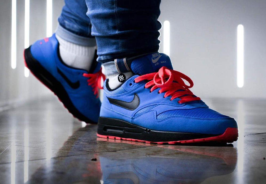 Chaussure Nike Air Max 1 ID Essential 2017 Photo Blue Solar Red (2)