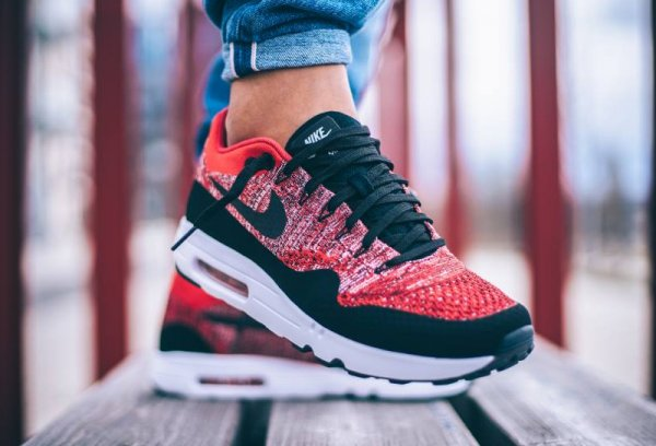 Nike Air Max 1 Ultra 2.0 Flyknit 'University Red'