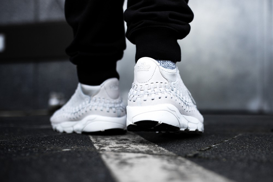 Chaussure Nike Air Footscape Woven Chukka QS Light Bone (4)