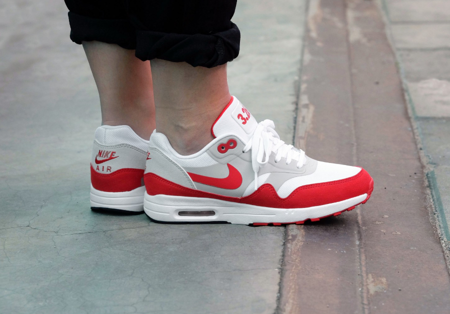 Chaussure Nike Wmns Air Max 1 Ultra 2.0 Le OG Red 3.26 Air Max Day femme