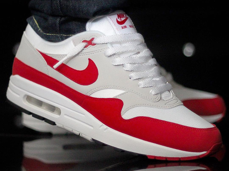 nike air max 1 omega obsidian / sport red gold white