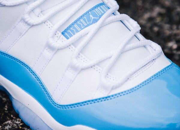 Air Jordan 11 Retro Low 'University Blue'
