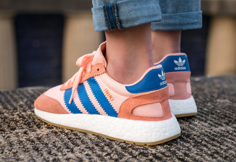 adidas iniki runner boost 39 haze coral 39 rose femme. Black Bedroom Furniture Sets. Home Design Ideas