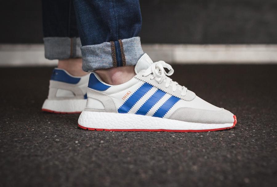 Chaussure Adidas Iniki Runner Boost Off White blanc cassé (homme)