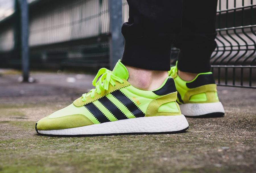 Chaussure Adidas Iniki Runner Solar Yellow Fluo (homme)