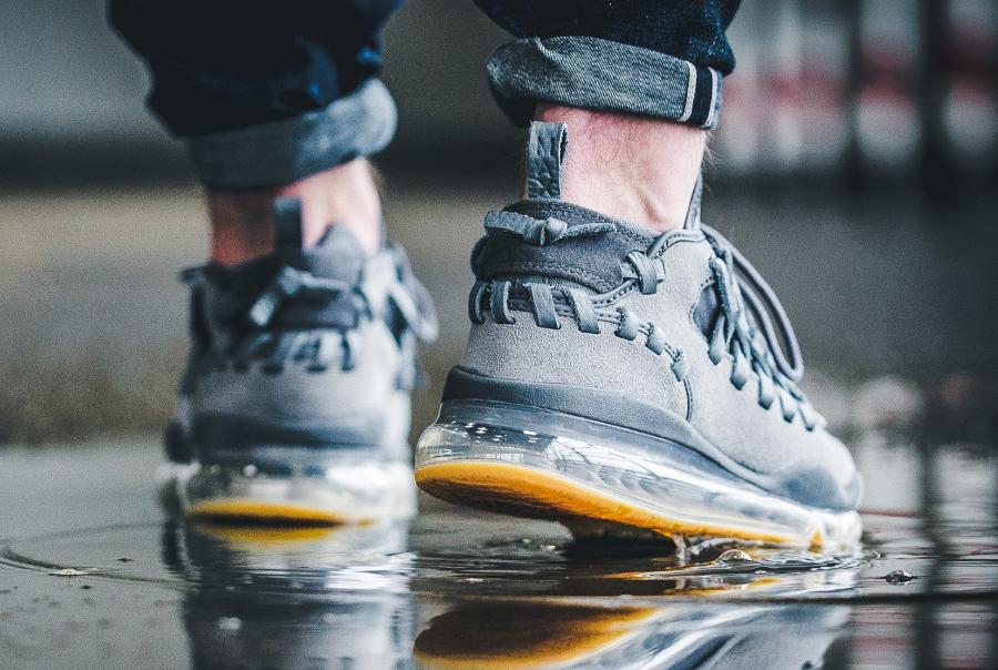 Chaussure Nike Air Max Trainer TR17 Gum grise (3)