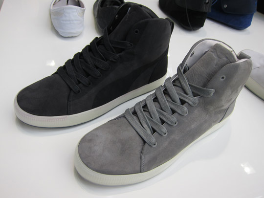 Mc Alexander chaussures Queen Hussein Chalayan Collection