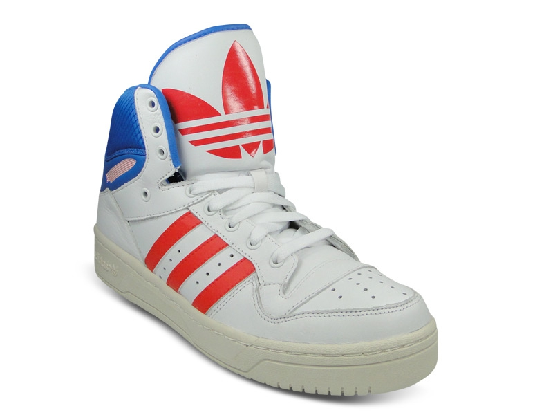 Achats de sneakers (Nike Blazer, Toki, Air Jordan 6, Adidas