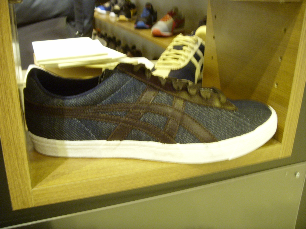 Sneakers et chaussures Asics Onitsuka Tiger automne hiver 2011 @ Who's Next