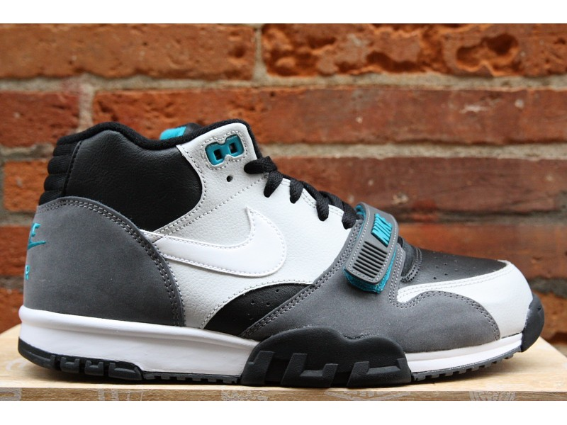 nike-air-trainer-1-mid-black-white-neutral-grey-dark-shadow