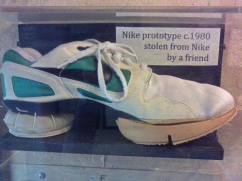 prototype-nike-air-flow-2