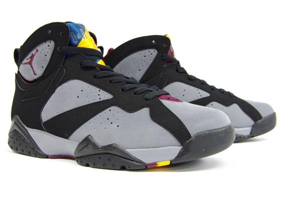 air-jordan-vii-bordeaux-mita-sneakers-09