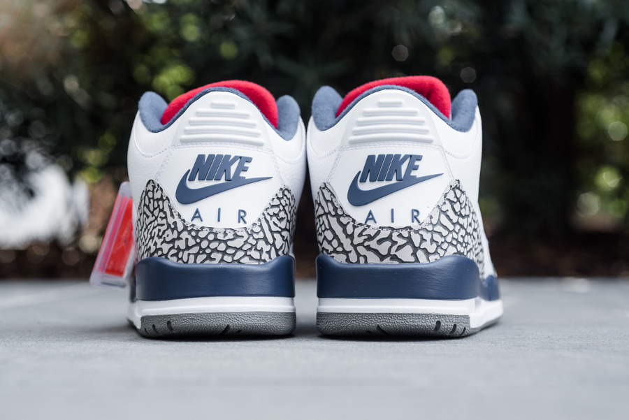 Air Jordan 3 Retro OG True Blue Cement 'Nike Air' (2016)