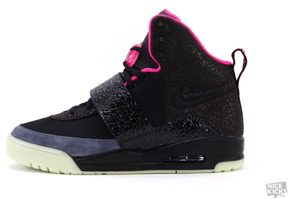 black-pink-nike-air-yeezy-1