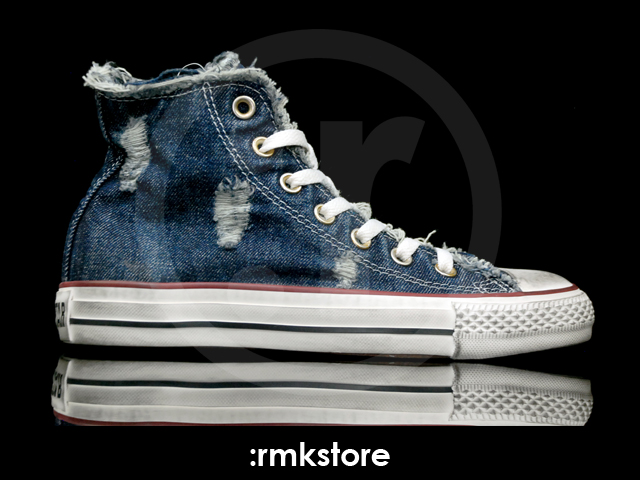 Converse Chuck Taylor All Star Specialty Hi Navy Denim Distressed