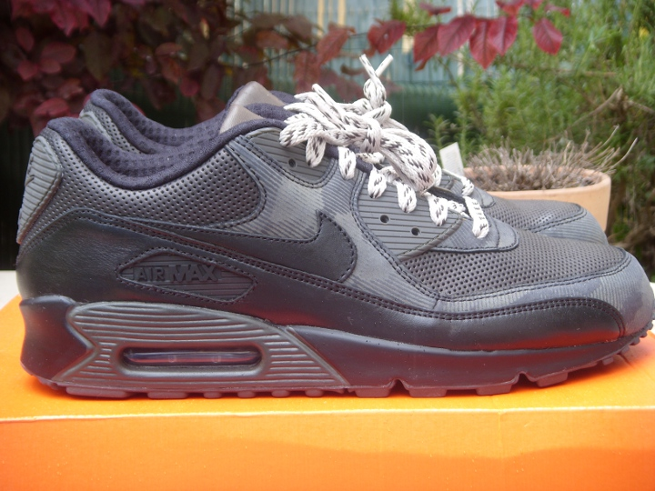 timeless design f749f 9c8dc Nike Air Max 90 Tech Pack ...