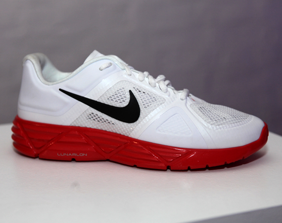 La collection Nike Hyperfuse automne hiver 2011 - Nike Lunar Sweet Victory