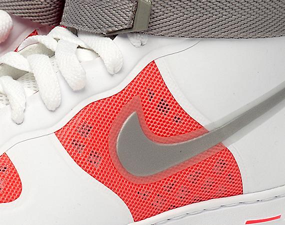 Nike Air Feather Hi Hyperfuse
