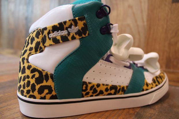 Adidas Originals Jeremy Scott Bones