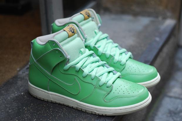 Nike Dunk SB Statue Of Liberty
