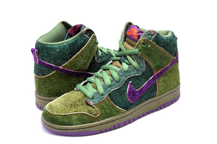 Nike Dunk High SB Skunk