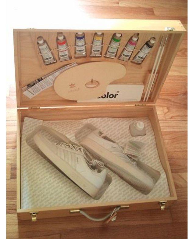 Adidas Adicolor W1