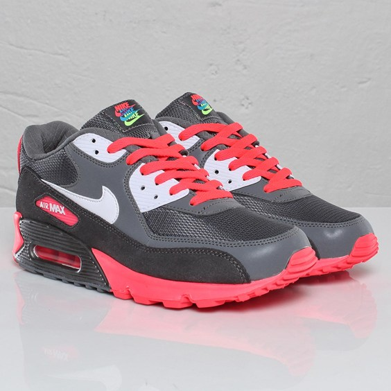 new product 02269 5f60d Nike Air Max 90 Tri Color
