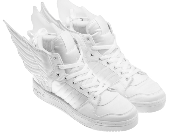 Basket 2NE1 & Adidas Originals Jeremy Scott Wings 2.0
