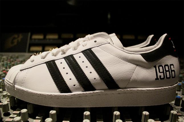 Run Dmc x Adidas Superstar 80′s « My Adidas »