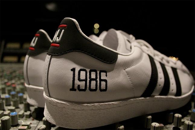 """Run Dmc x Adidas Superstar 80's """"My Adidas"""""""