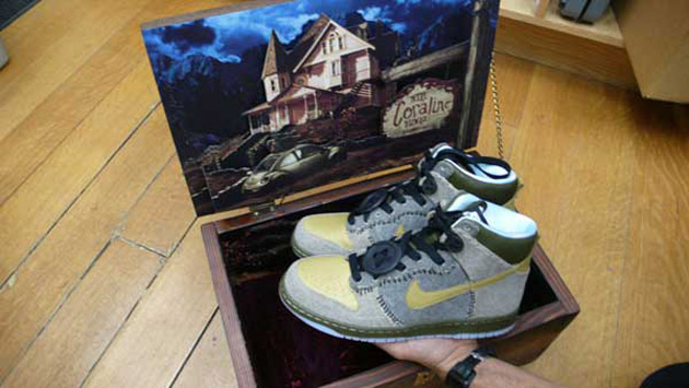 Nike Dunk High Coraline