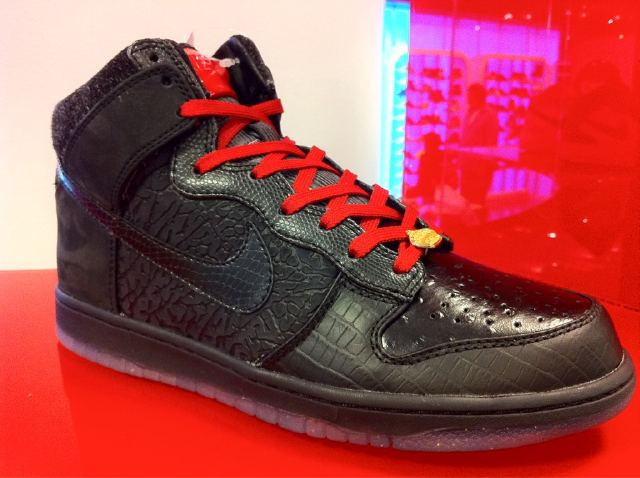 new styles 63de6 5c9c8 Nike Dunk High Mighty Crown
